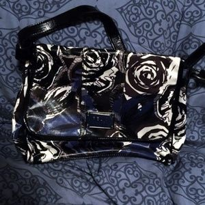 Relic Floral Roses Messenger Book Bag Purse